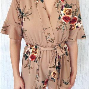 Tan beige floral romper waist tie MEDIUM - NEW